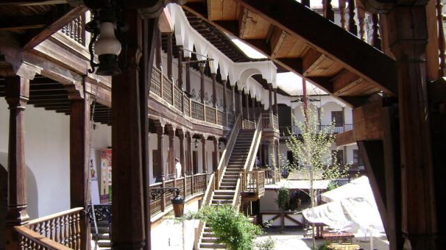 Bucuresti, centrul vechi, cladiri istorice - 4
