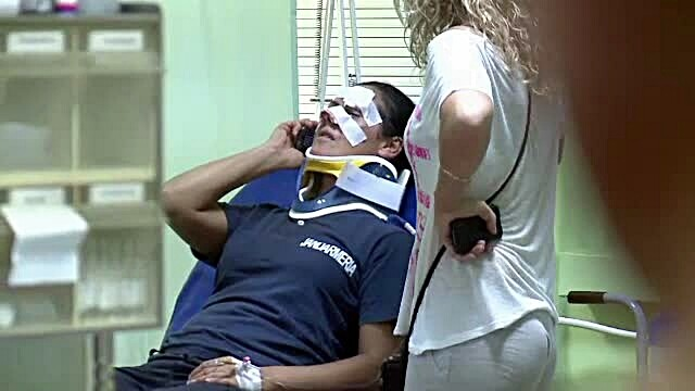Jandarm ranit la un meci de fotbal