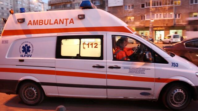 Un mort si trei raniti in Dolj, dupa un accident petrecut in timpul unei curse ilegale de masini
