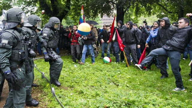 Protestele anti-austeritate de la Frankfurt s-au incheiat. Peste 1.000 de oameni au iesit in strada - Imaginea 6