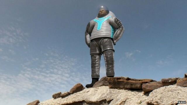 Ce o sa fie la moda pe Planeta Rosie. NASA a prezentat prototipul costumulului care va fi purtat de astronauti pe Marte - Imaginea 1