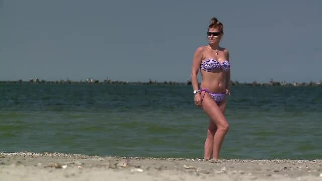 Vreme perfecta de plaja pe litoral. Cat va costa un sejur de sase nopti in statiunea Mamaia