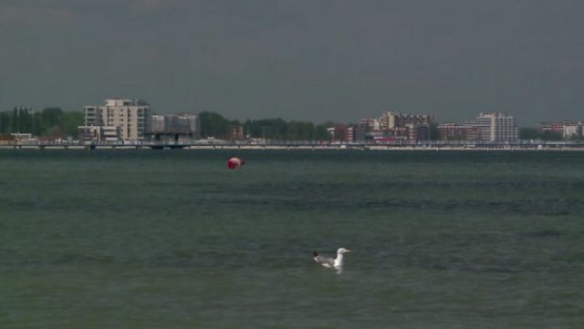 Vreme frumoasa si preturi mici pentru turistii care merg la mare prin programul \