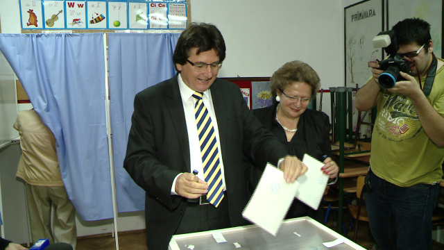 Nicolae Robu, vot