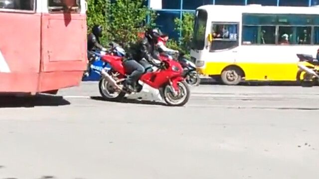 accident Kazahstan motocicleta