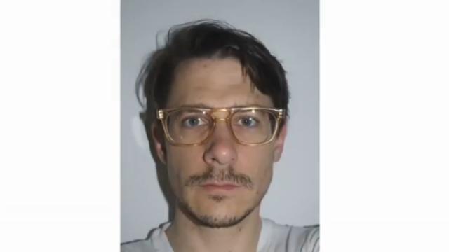 Barbatul care si-a facut o poza in fiecare zi, timp de 16 ani. Ce a vrut sa demonstreze americanul