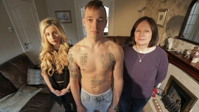 Iubita refuza sa se casatoreasca cu el din cauza tatuajelor de pe corp. Cum arata tanarul de 31 de ani fara tricou. FOTO - Imaginea 5
