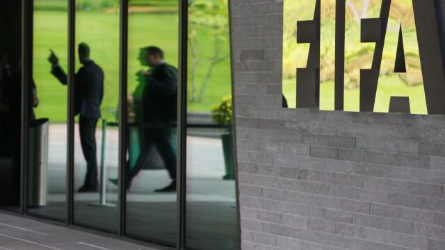Sepp Blatter ramane presedinte al FIFA, dupa retragerea lui Ali Bin Al-Hussein. Primele declaratii ale celor doi - Imaginea 4