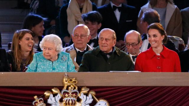 Spectacol grandios pentru Regina Elisabeta a II-a. 900 de calareti au venit pentru a isi arata maiestria in cursele hipice