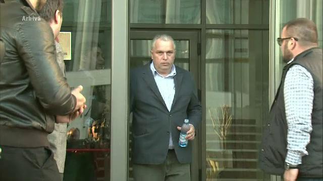 Nicusor Constantinescu a fost arestat preventiv. Ar fi parasit spitalul deseori, desi sustinea ca nu se poate deplasa