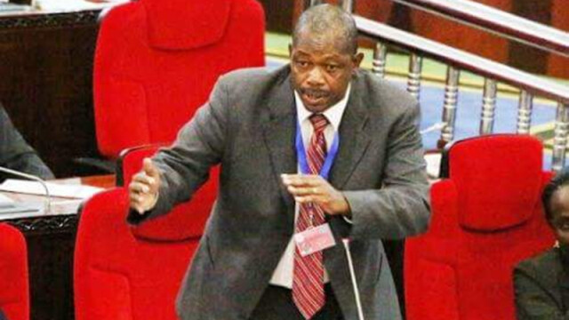 Ministrul de Interne din Tanzania, demis dupa ce a venit ametit bine in Parlament. VIDEO: discursul tinut la betie