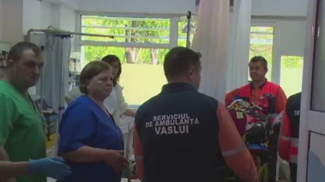 Incident socant in Vaslui. Un copil a cazut cu pieptul intr-un tarus; medicii l-au gasit respirand prin gaura din plaman