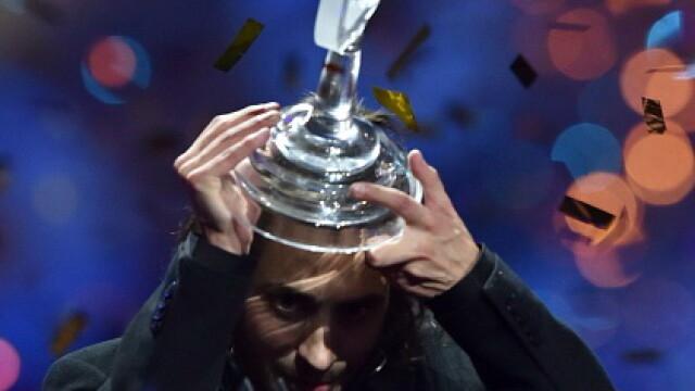 Trista poveste a lui Salvador Sobral, castigatorul EUROVISION 2017. Tanarul nu poate sta mai mult de 2 saptamani fara medici - Imaginea 1