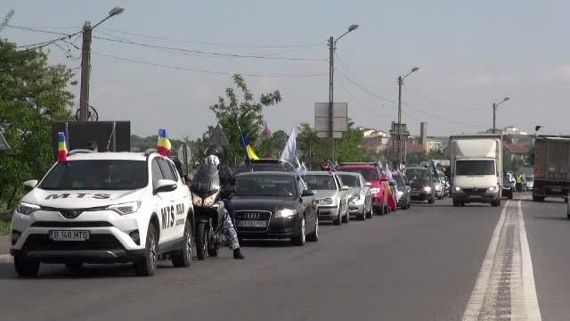 """250 de mașini, în marș de la Iași la București. """"Moldova vrea autostradă"""". VIDEO"""