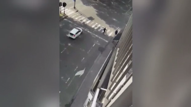 Cum a fost surprins atacatorul din Liege de o localnică, imediat după ce a ucis 3 oameni