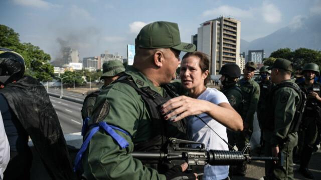 SUA anunță că Maduro era gata să fugă din țară. Reacția Rusiei - Imaginea 5