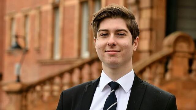 """Românul de 18 ani care i-a uimit pe britanici: """"Bună, sunt un savant care face rachete"""""""
