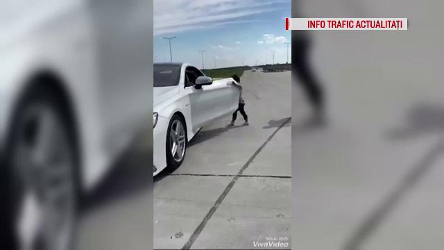 Momentul în care un băiat de 5 ani conduce o mașină de lux, la Craiova
