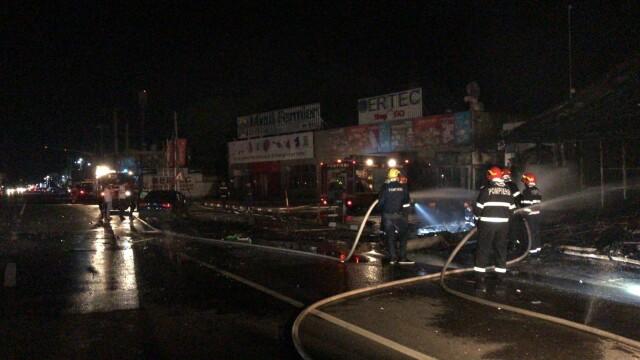 Incendiu la un restaurant în Afumați. O mașină a intrat într-o țeavă de gaze - Imaginea 2
