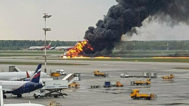 Avionul cu pasageri care a luat foc pe aeroport în Moscova. Bilanțul morților revizuit la 41 - Imaginea 2