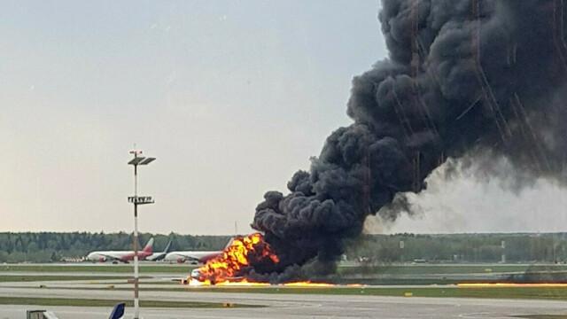 Avionul cu pasageri care a luat foc pe aeroport în Moscova. Bilanțul morților revizuit la 41 - Imaginea 3