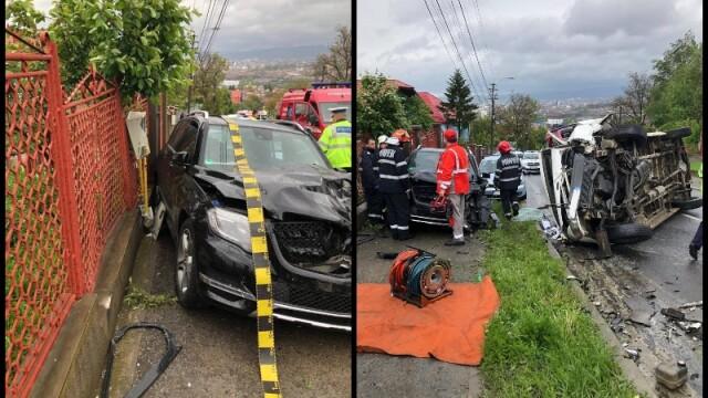 Pericol la Cluj, după ce 2 mașini s-au ciocnit, fiind afectată o conductă de gaz
