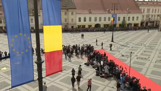 Mesajul lui Klaus Iohannis la finalul Summitului de la Sibiu. Momentele cheie ale zilei - Imaginea 10