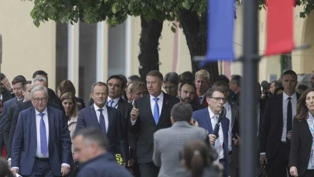 """Donald Tusk a vorbit în română la Sibiu: """"Toată Europa s-a îndrăgostit de voi"""" - Imaginea 5"""