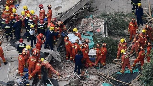 Clădire prăbușită în Shanghai - 10