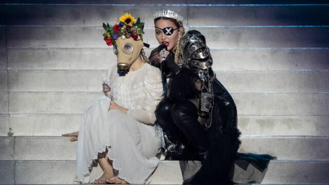 Madonna, moment controversat la Eurovision. Gestul care i-a înfuriat pe organizatori. FOTO - Imaginea 5