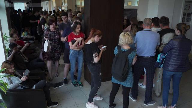 Scandal la secțiile de votare din țară la închiderea urnelor: \
