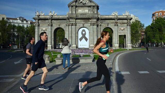 Spania a început să relaxeze restricțiile. Oamenii au ieşit să facă sport, după 49 de zile de izolare strictă