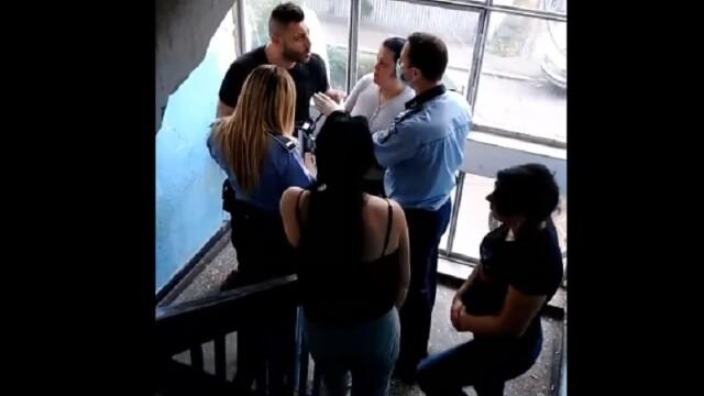 Momentul în care un gălățean este imobilizat cu spray lacrimogen, pentru că nu a vrut să se legitimeze
