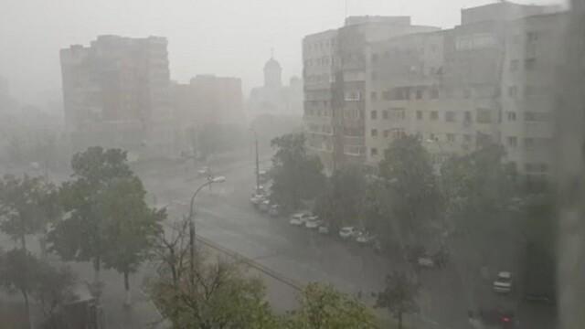 Cod galben de vreme rea. ANM anunță ploi și vijelii în 18 județe
