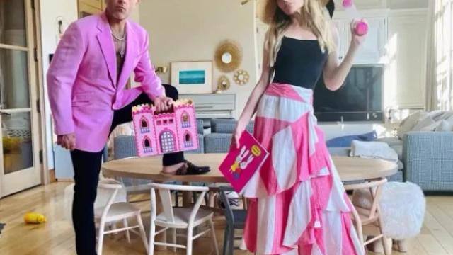 Robbie Williams și-a uimit fanii cu o postare pe Instagram. În ce ipostază a fost surprinsă vedeta. VIDEO - Imaginea 5