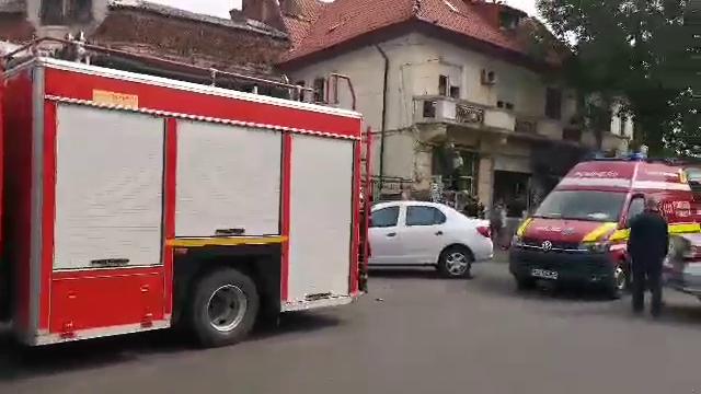 Scandal în cartierul Rahova. Primăria Sectorului 5 demolează Piața de Flori - Imaginea 3
