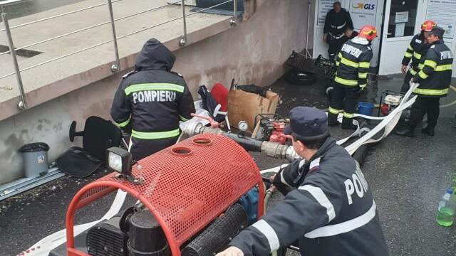 GALERIE FOTO. Furtuna a făcut ravagii în București și alte opt judeţe - Imaginea 3