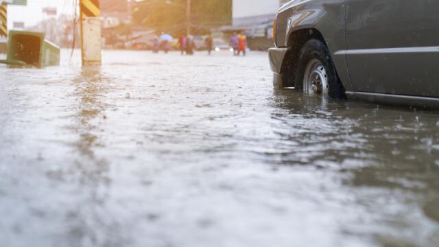 România, sub cod portocaliu de ploi torenţiale. Zeci de localități au fost inundate - Imaginea 2