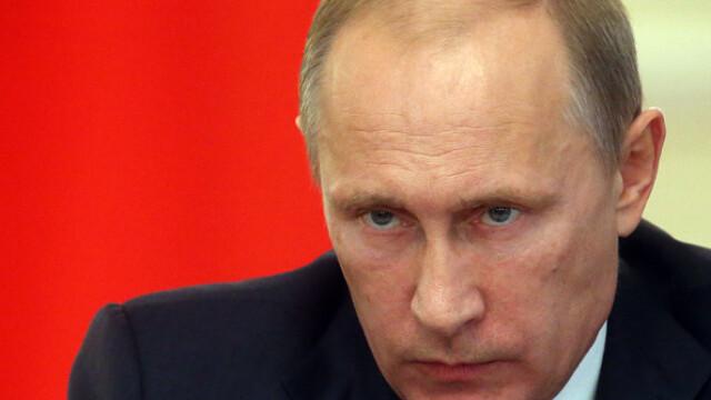 Vladimir Putin: Marina militară rusă se va dota cu arme nucleare hipersonice