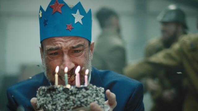 """Actorul Șerban Pavlu din """"Umbre"""" joacă în cel mai nou clip al trupei White Walls: """"Starfish Crown"""" - Imaginea 1"""