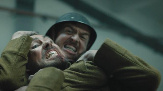 """Actorul Șerban Pavlu din """"Umbre"""" joacă în cel mai nou clip al trupei White Walls: """"Starfish Crown"""" - Imaginea 3"""