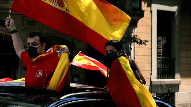 Mii de spanioli au participat la un protest auto. Ce îi reproșează premierului. GALERIE FOTO - Imaginea 11
