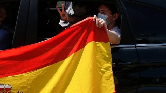 Mii de spanioli au participat la un protest auto. Ce îi reproșează premierului. GALERIE FOTO - Imaginea 7
