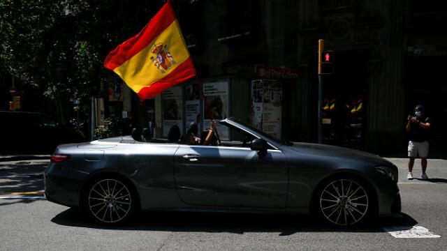Mii de spanioli au participat la un protest auto. Ce îi reproșează premierului. GALERIE FOTO - Imaginea 2