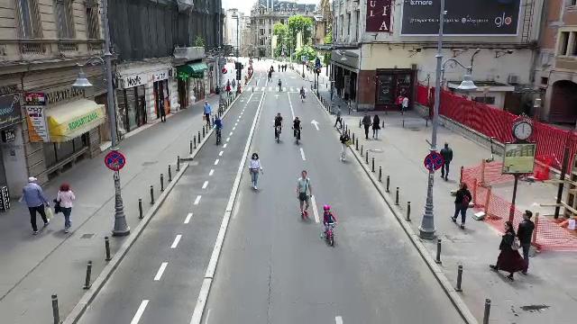 Mii de bucureșteni au ieșit pe străzi în primul weekend după relaxarea restricțiilor. Zonele în care nu circulă mașinile