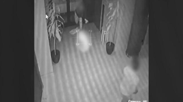 Momentul în care o mamă își trântește bebelușul pe jos, la Timișoara, surprins de camere - Imaginea 1