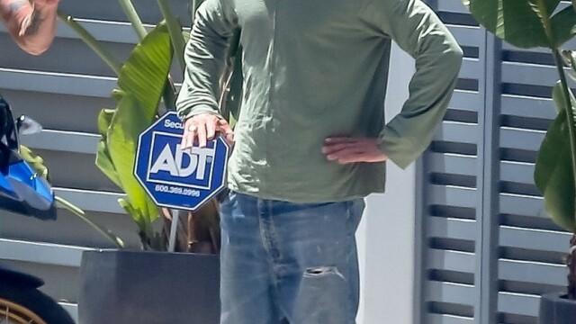 Brad Pitt, schimbare de look. Cum arată actorul după o pauză de câteva luni de la covorul roșu - Imaginea 3
