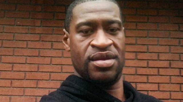 Cauţiuni de până la 1 mil. $ pentru 3 foşti poliţişti acuzaţi de complicitate la uciderea lui George Floyd - Imaginea 2