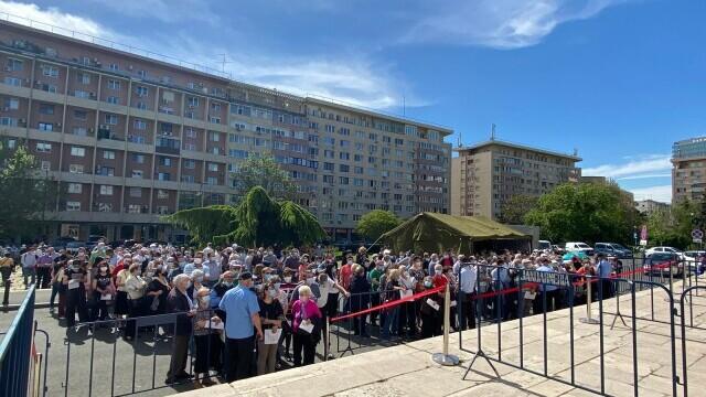 Maratonul vaccinării în Bucureşti: peste 2.000 de persoane, vaccinate în prima zi
