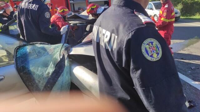 Accident grav pe DN1. Cinci persoane au murit - Imaginea 2